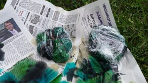 wrap tie dye in saran wrap